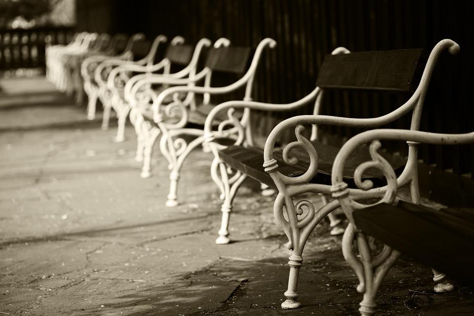 bench-21121_960_720